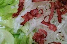 大根とレタスのカリカリベーコンサラダ