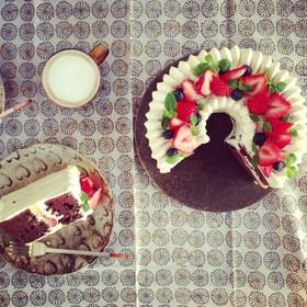 イチゴのショート @チョコシフォンケーキ