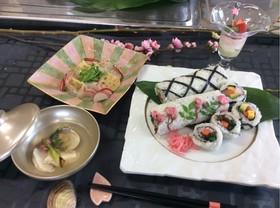雛祭り春お祝いのロール寿司