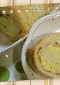 ハム&チーズdeトヨ型ロール食パン♪