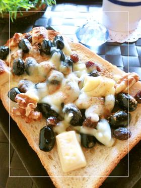 黒豆×胡桃×白チョコのミルキートースト