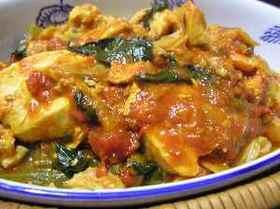 カレー風味の鶏とキャベツのトマト煮こみ