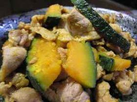ご飯がすすむカボチャと豚肉のカレー炒め