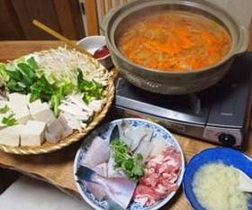 お鍋:キムチのピリ辛鍋