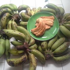 ピサン ゴレン (バナナの天ぷら)