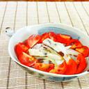 練り物と玉ねぎ・トマトの和風サラダ♪