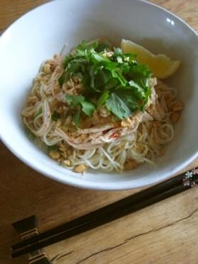 手軽で簡単に*アジア風汁なし麺