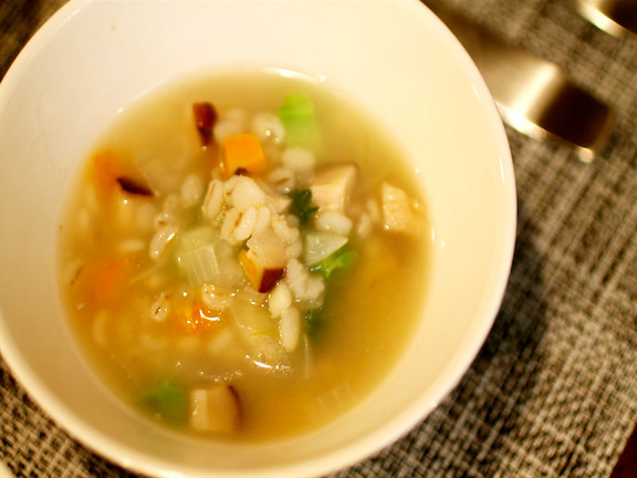 押し麦のスープ