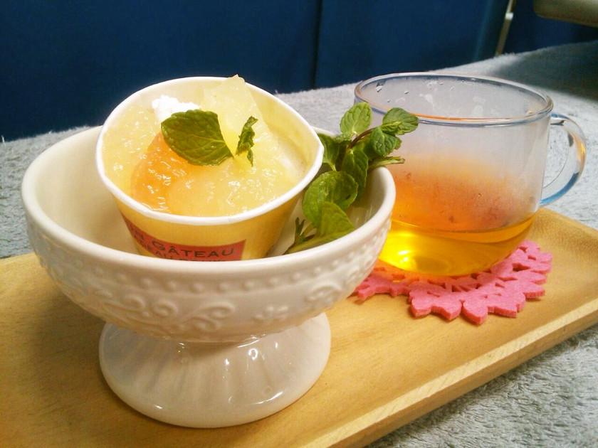 紅茶ババロア&グレープフルーツジュレ添え