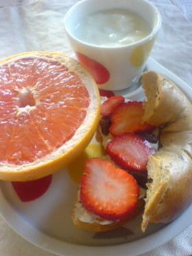苺のベーグルサンド