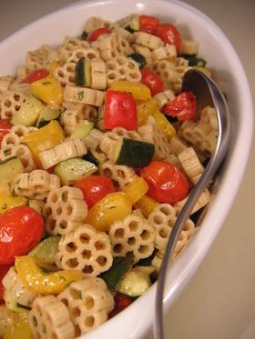 持ち寄りの日の♪焼き野菜のパスタサラダ♪
