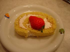 春色♪ピンクロールケーキ