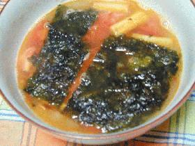 トマトとネギのスープ