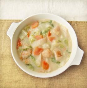 たっぷり白菜と鶏むね肉の中華風クリーム煮