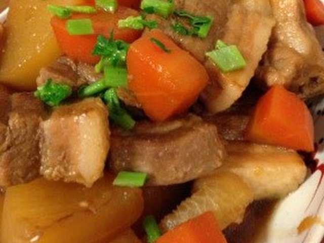 大根と豚バラブロックの煮物