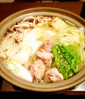 簡単!骨付き肉の水炊き鍋