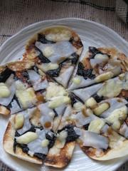しょうゆマヨ味餅*フライパンお花ピザ*の写真