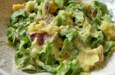 さつまいもとレタスのサラダ