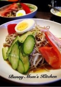 和風冷し中華的な◎野菜たっぷり蕎麦サラダ