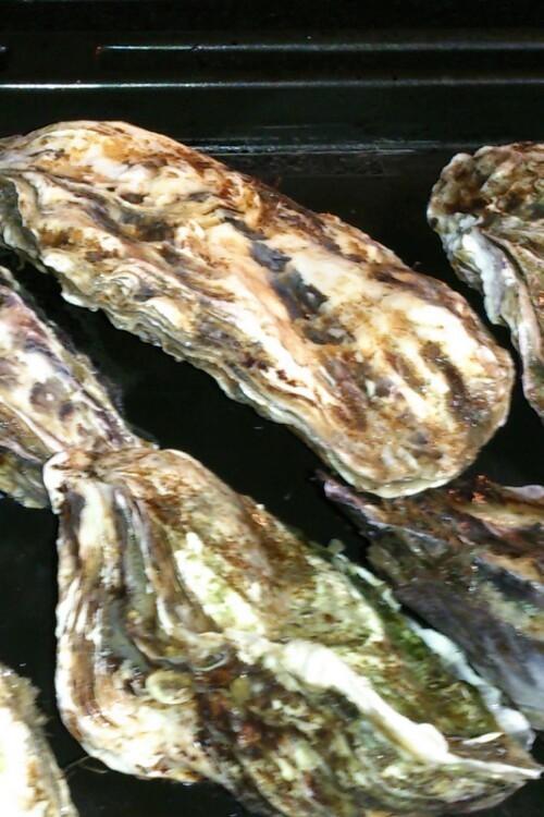 殻付き牡蠣のオーブン焼き