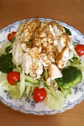 鶏むね肉と野菜の棒棒鶏サラダ