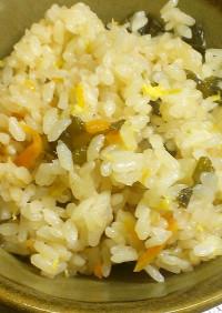 卵スープの素で♪お手軽炊き込みご飯♪