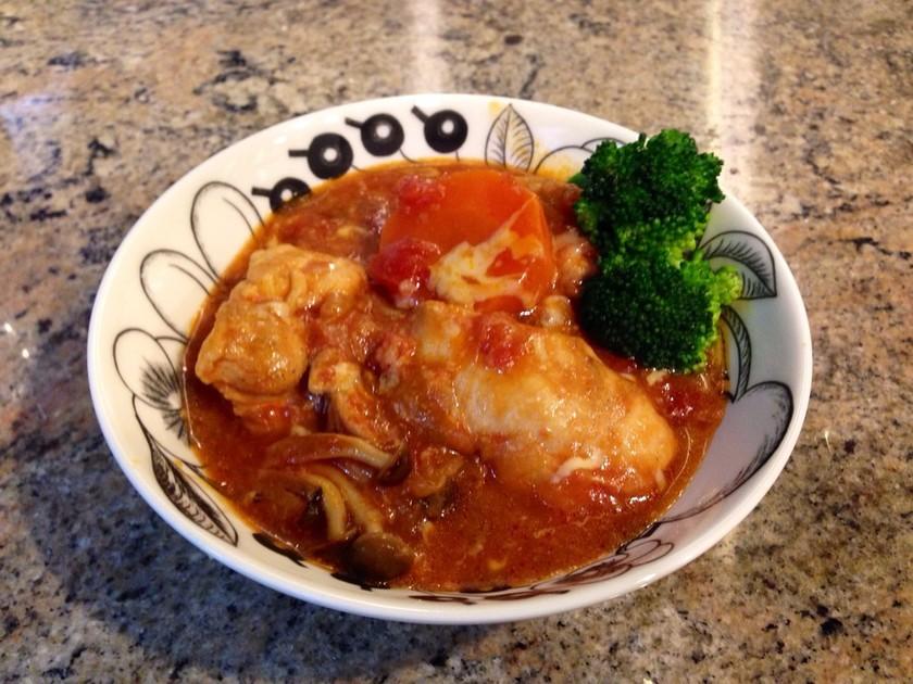 簡単美味♡圧力鍋で胸肉のトマト煮チーズ入