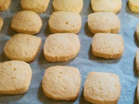 簡単♪アーモンドプードルクッキー