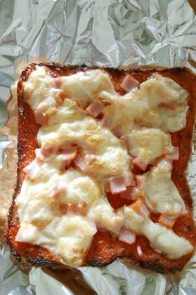 ウチのお手軽ピザトースト