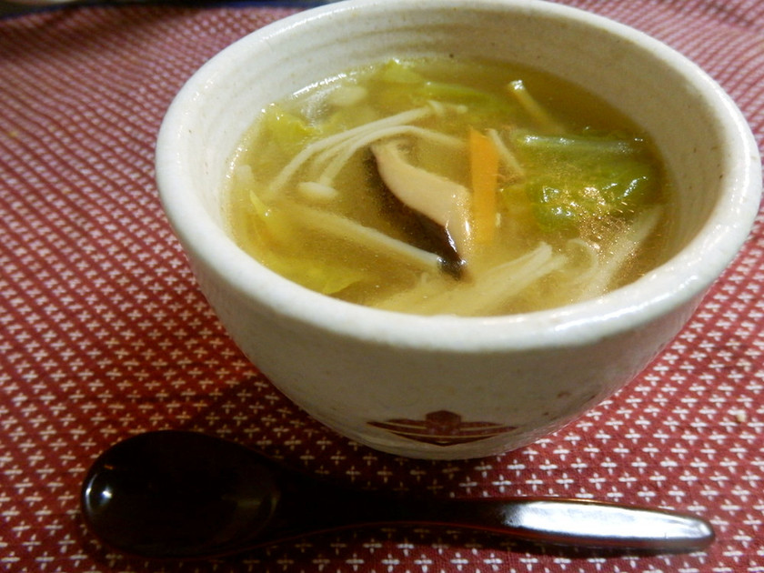 白菜と茸のトロトロな中華スープ♪