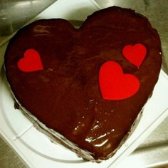 牛乳パックでハート型♡チョコムースケーキ
