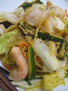魚介と野菜の塩焼きそば