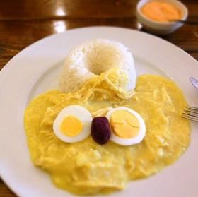 ペルーの代表料理 アヒ・デ・ガジーナ