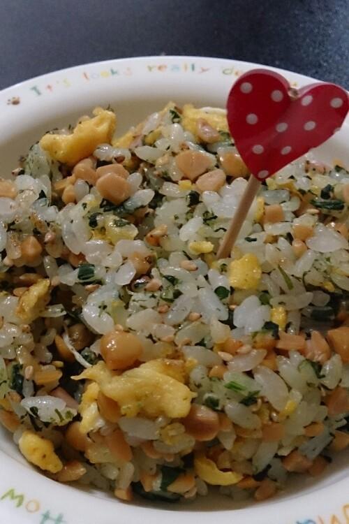 離乳食 後期 ふんわり納豆チャーハン