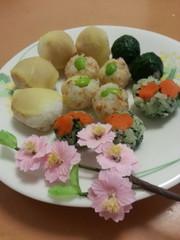 お刺身なしで簡単☆ひな祭りに手まり寿司の写真