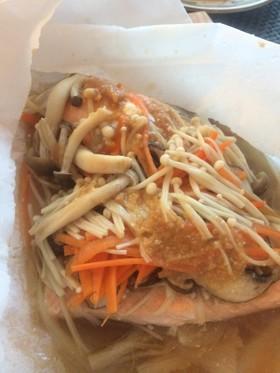 今が旬★秋鮭ときのこの包み焼き