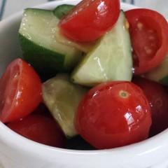 きゅうり&トマトのバルサミコ酢簡単サラダ