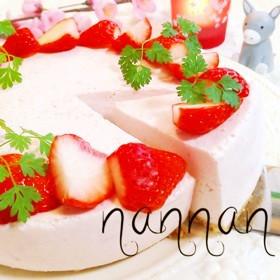 ミキサーで♡いちごのヨーグルトケーキ♡