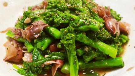 ホタルイカと菜の花のペペロンチーノ風炒め