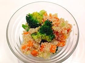 マクロビ キヌアの季節の野菜サラダ