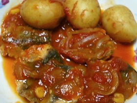 ホクホク♪サバと新ジャガのトマト煮込み