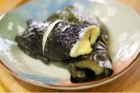 切り餅レンジで1分★海苔巻きチーズ