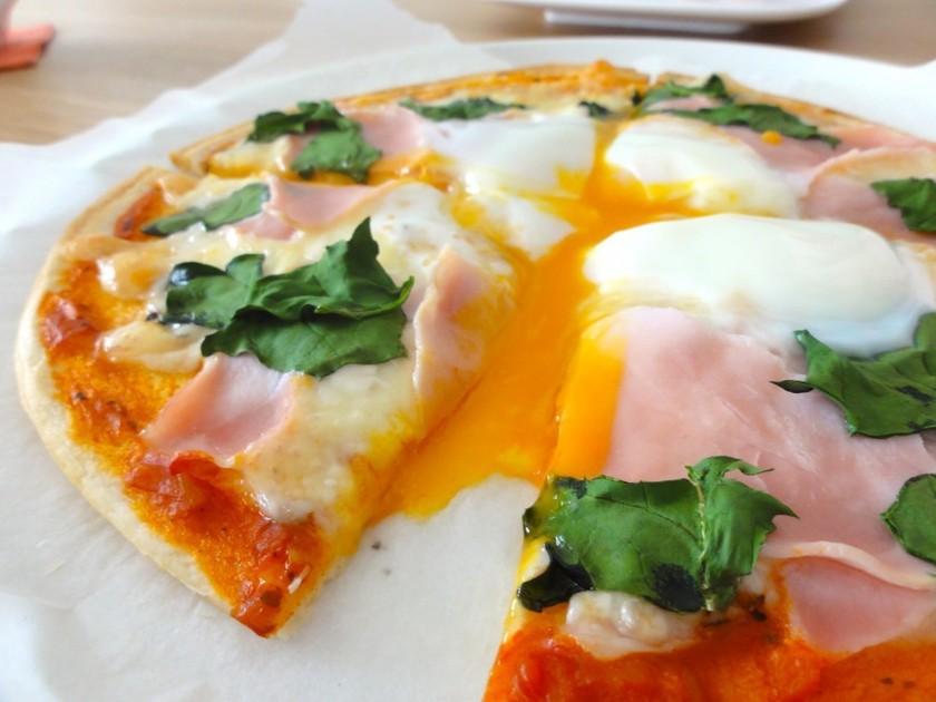 自宅で簡単!激ウマピザ。ビスマルク編