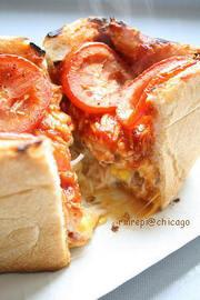 食パンでシカゴピザの写真