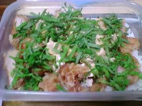 鶏から揚げツナマヨ丼