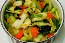ボウル不要の簡単、中華サラダ