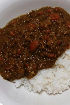 鶏ガラと野菜スープで作るカレー