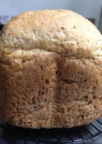 グラハムライ麦50%パン