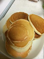 卵無し材料4つのヨーグルトのパンケーキの写真