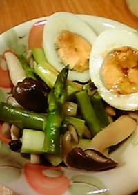 アスパラとしめじの温野菜サラダ